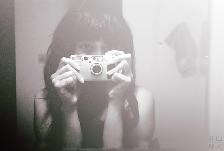 只用胶片的摄影师