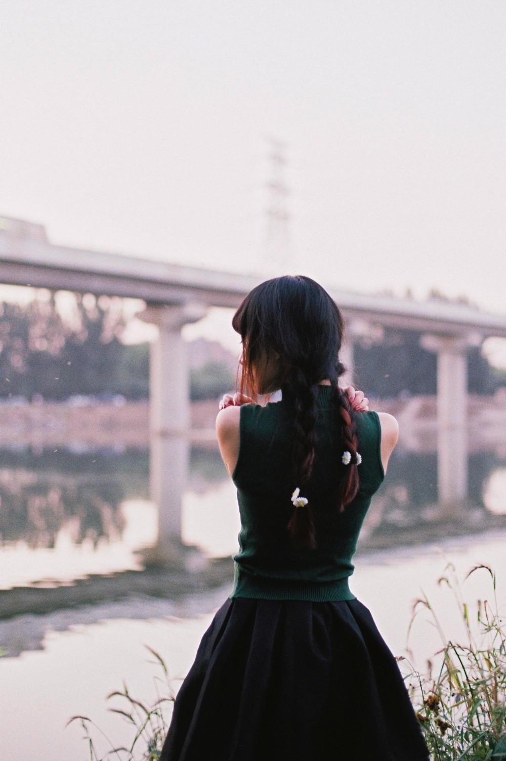 小镇姑娘 @马骏同学-菲林中文-独立胶片摄影门户!