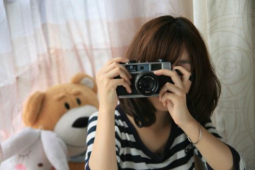 为美女照片调出日系柔美色调-菲林中文-独立胶片摄影门户!
