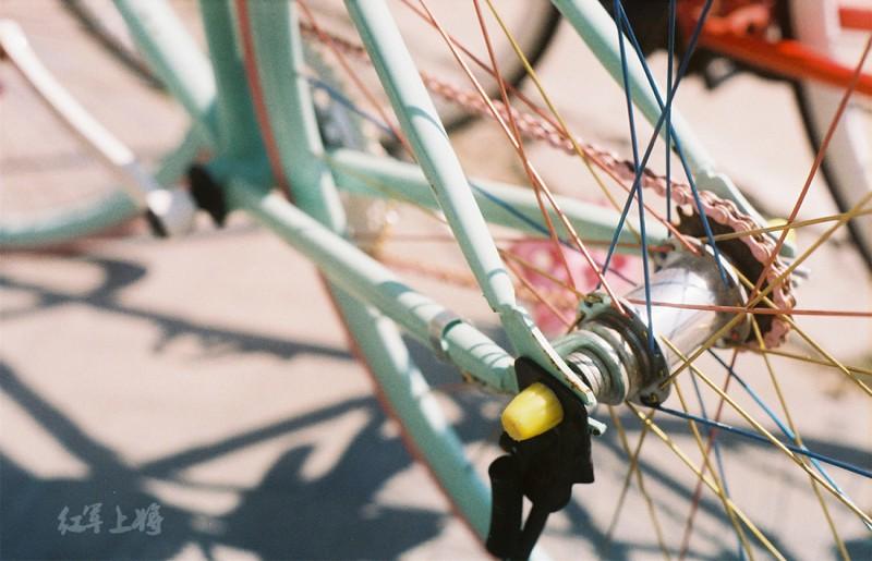 我的大学·单车记-菲林中文-独立胶片摄影门户!