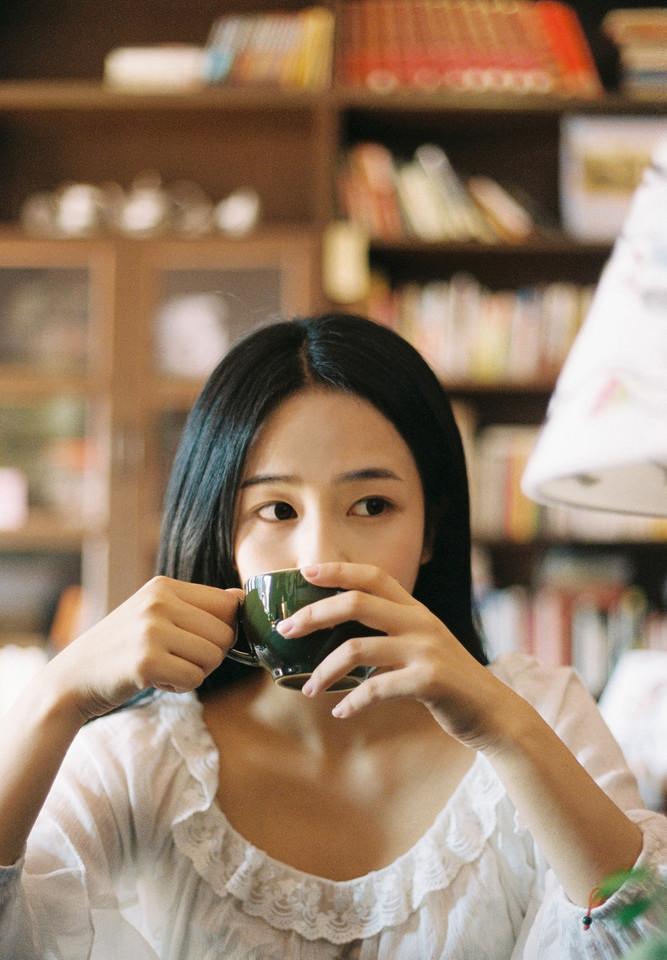 胶片人像写真:沉睡在记忆中 @西歪万岁-菲林中文-独立胶片摄影门户!