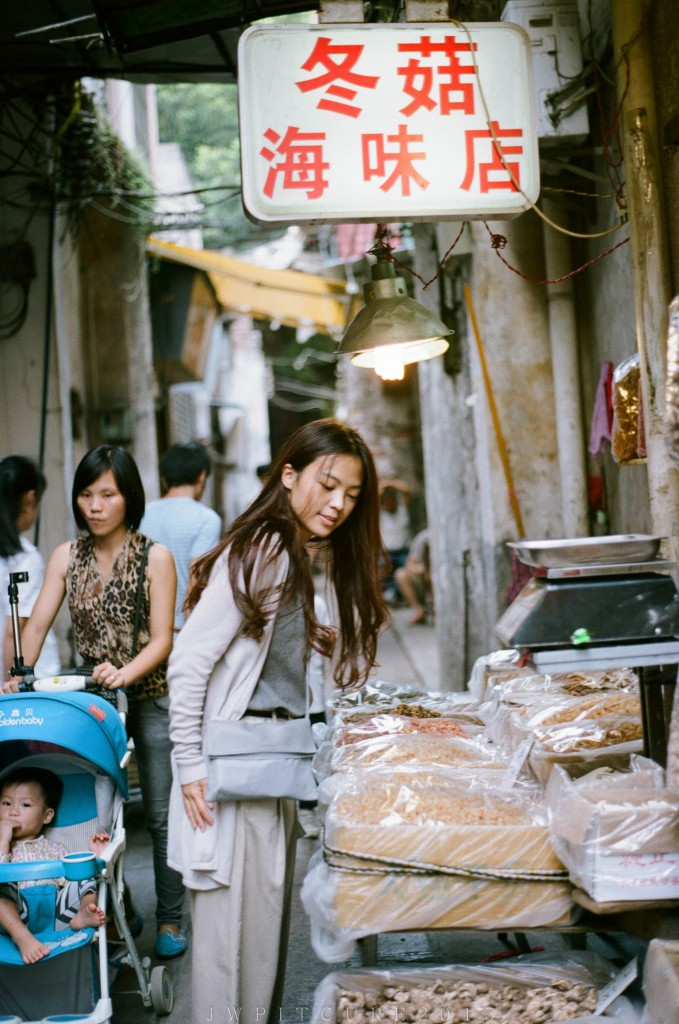 在回忆的街角,哪里都有你的微笑 @V林-菲林中文-独立胶片摄影门户!
