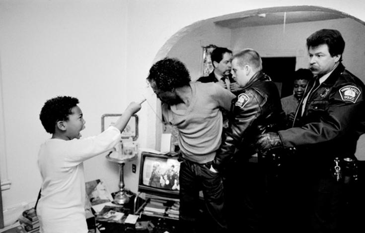 Donna Ferrato 逃离家暴-菲林中文-独立胶片摄影门户!