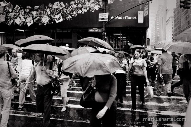 hartel-bw-street-photography-10