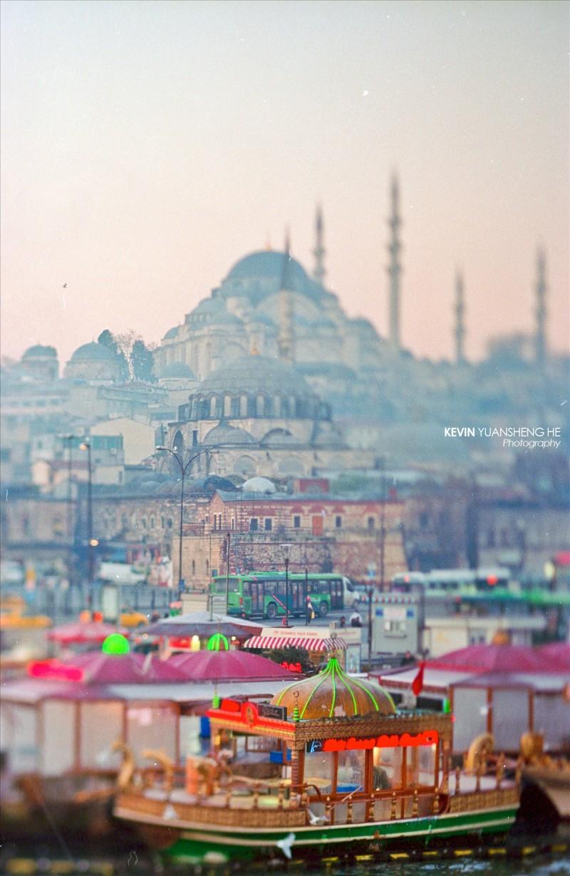 土耳其伊斯坦布尔移轴街拍-菲林中文-独立胶片摄影门户!