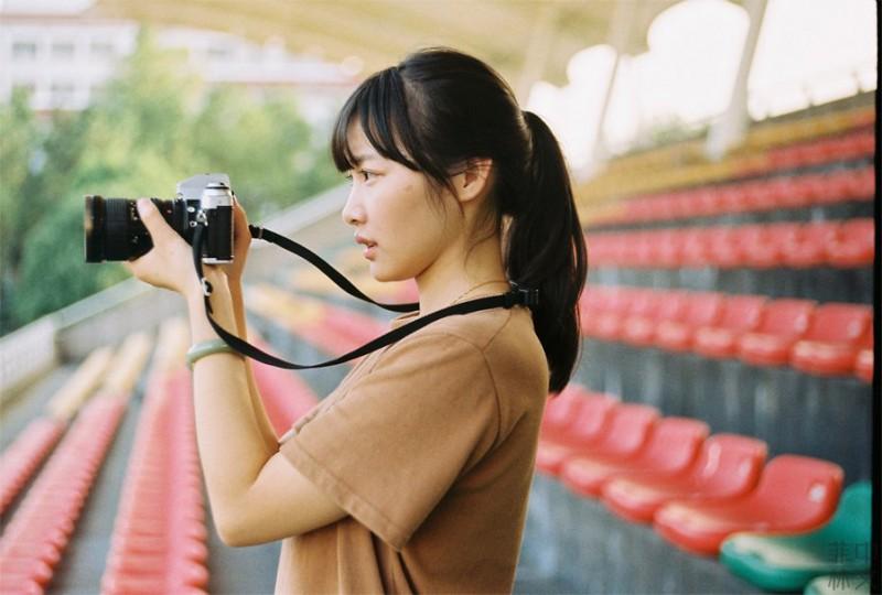 大眼睛眨眨-菲林中文-独立胶片摄影门户!