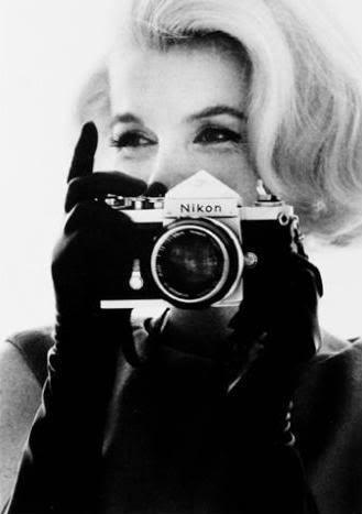 看中外明星他们手中的胶片相机-菲林中文-独立胶片摄影门户!