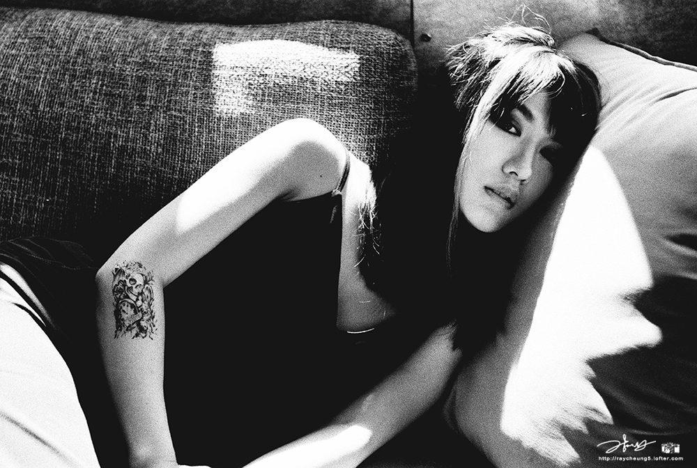 少女H-天台-菲林中文-独立胶片摄影门户!
