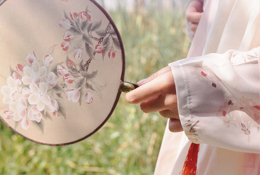"""""""村桃拂红粉,岸柳被青丝。""""@败家宅RJ-菲林中文-独立胶片摄影门户!"""