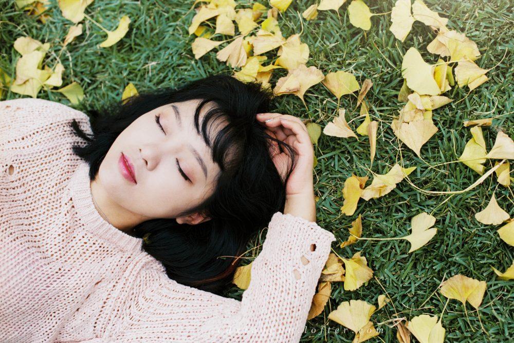 银杏下等着你@常德摄影小狗-菲林中文-独立胶片摄影门户!