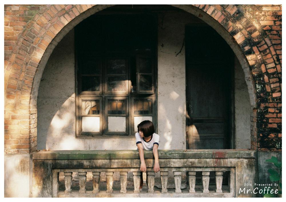 狼 狈 @咖咖咖咖啡_-菲林中文-独立胶片摄影门户!