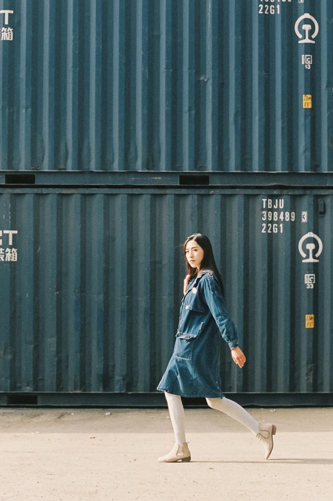 漫步阳光里 @人称阿坤-菲林中文-独立胶片摄影门户!