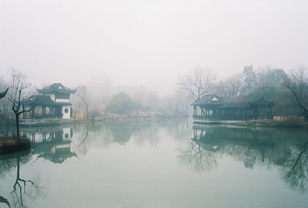 湿漉漉的扬州 @短吻鱷-菲林中文-独立胶片摄影门户!