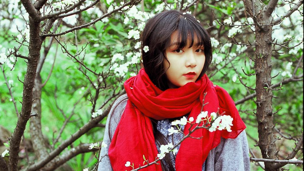 把春天留在嘴里 @李家理子-菲林中文-独立胶片摄影门户!