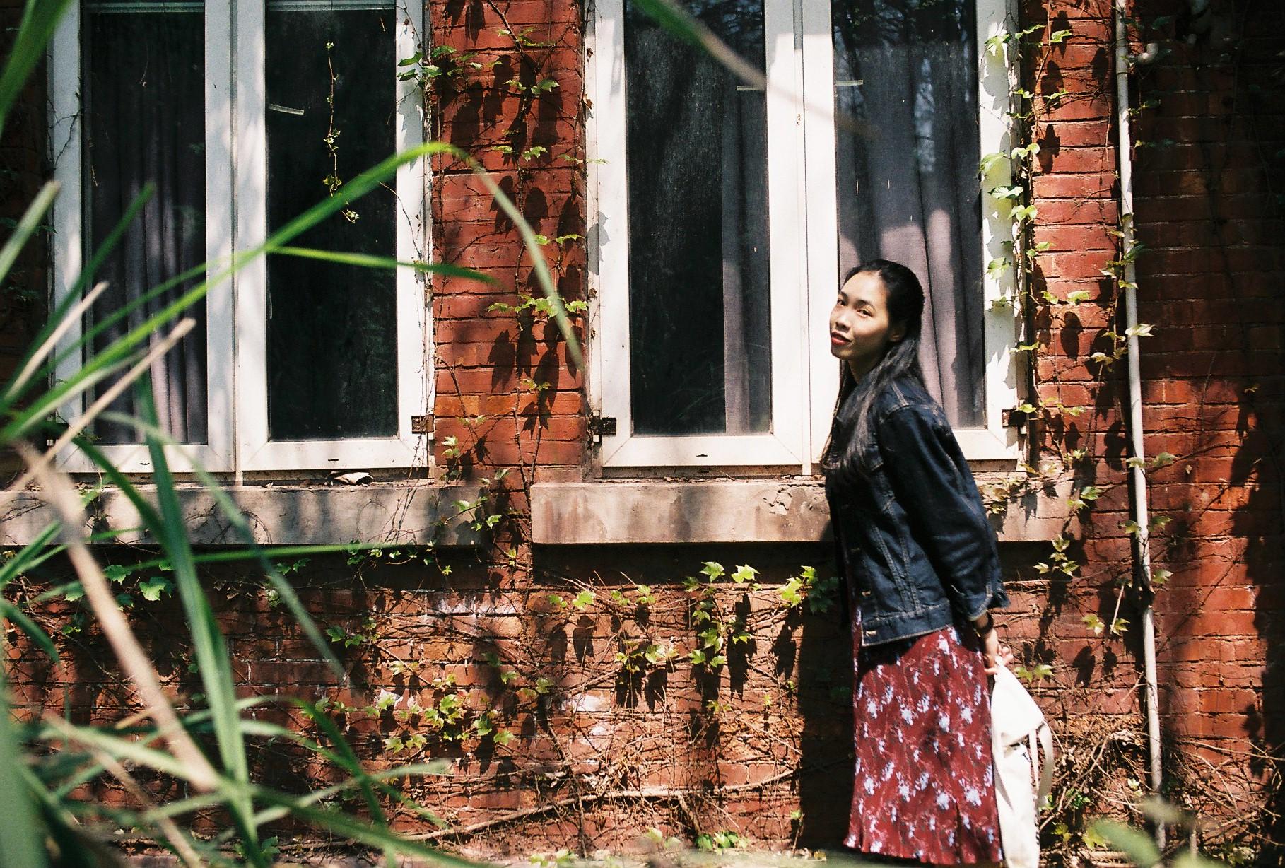 就着阳光 去重庆吃火锅  /@一棵风花树-菲林中文-独立胶片摄影门户!